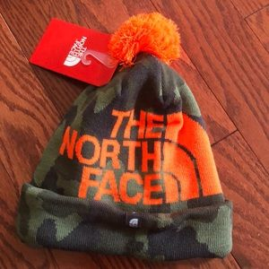 Youth camp north face winter hat